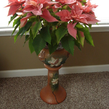 My roseville Magnolia Jardiniere and pedestal - Pottery