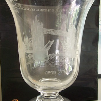 John Luxton for STUART Crystal ''ode to London engraved icons'' - Glassware