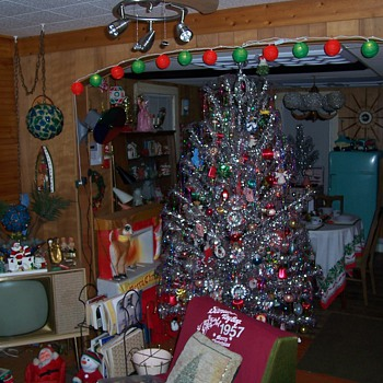 My Atomic Christmas House