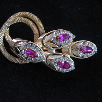 KRAMER mesh coil brooch with sprays of floral buds - Costume Jewelry