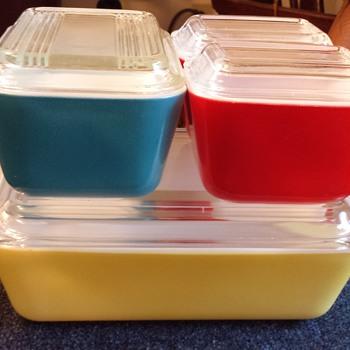 Pyrex Refrigerator Dishes - Kitchen