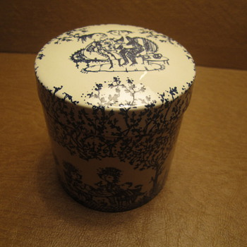 "Bjorn Wiinblad Nymolle Denmark Round Box with Rare Tree Scene Motif 3-3/4 x 3.5"" - China and Dinnerware"