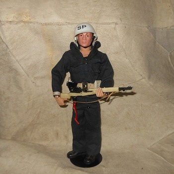 GI Joe Action Sailor Shore Patrol Set 1964-1966 - Toys