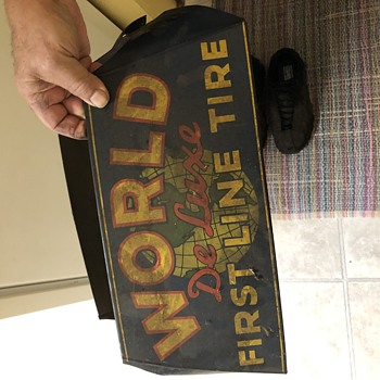 World DeLuxe First Line Tire holder display vintage - Advertising