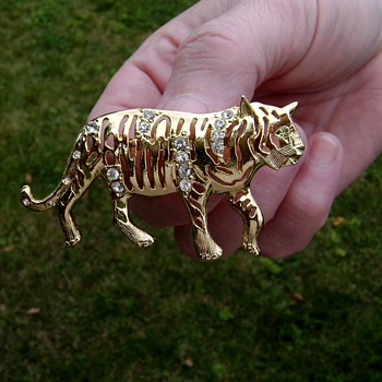 Eisenberg Ice Tiger Brooch - Costume Jewelry