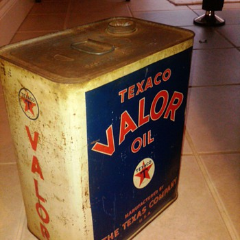 Texaco Valor oil can