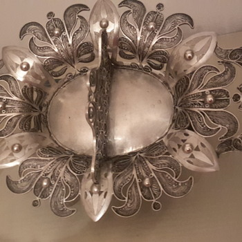 A superb antique silver filligree - Silver