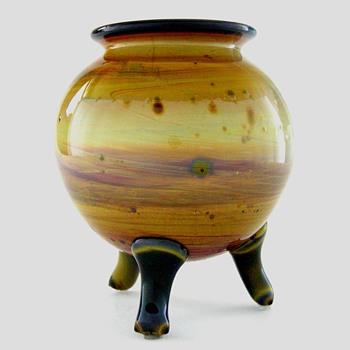 Two Quezal vases