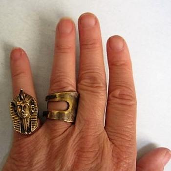 Sterling gold-wash Pharoah ring - Costume Jewelry