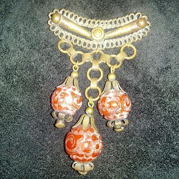 Vintage Broach - Costume Jewelry