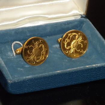 18KT Zodiak Cancer Cufflinks - Fine Jewelry