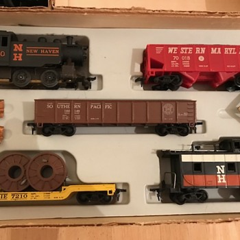 Vintage Allstate electric train set No. 9862 in its original Sears Roebuck box in my attic! - Model Trains
