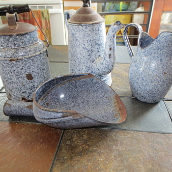 vintage graniteware - Kitchen