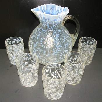 Northwood Daisy and Fern Lemonade set - Tumblers have Parian swirl - Glassware
