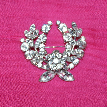 Vintage Sherman Brooches - Costume Jewelry