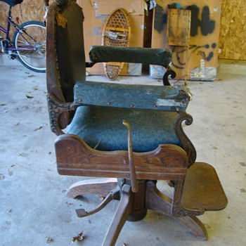 Barber Chair - Furniture