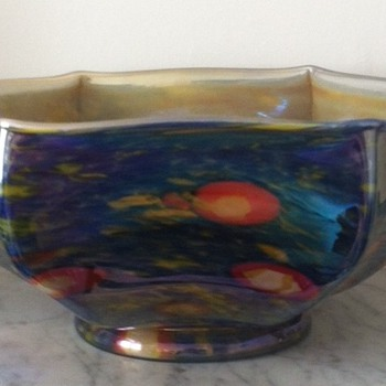 Caned iridescent hexagonal glass bowl with ground pontil mark - Art Glass