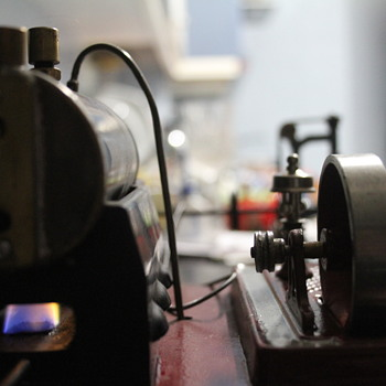 Antique model steam workshop - Toys
