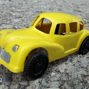 ReliableToys Plastic Car - Model Cars