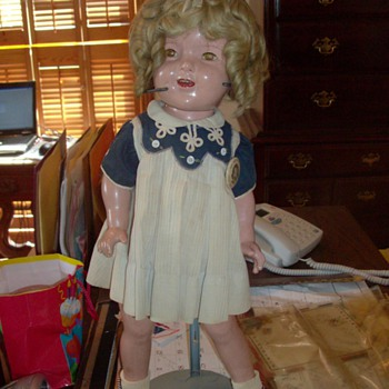 Vintage Shirley Temple Doll - Dolls