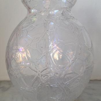 Iridescent lobed craquelé vase - Art Glass