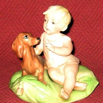 Little Friends (Child & Dachshund) Capodimonte by Giuseppe Cappé (Reproduction) - Figurines