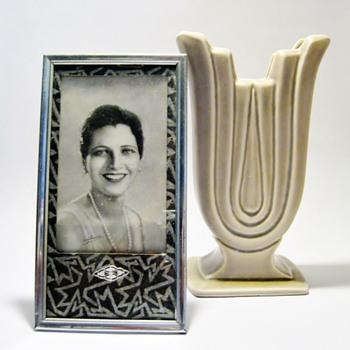 KAY FRANCIS & ART DECO FRAME - Art Deco