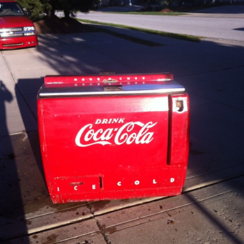 Beautiful Westinghouse Ice Chest  - Coca-Cola