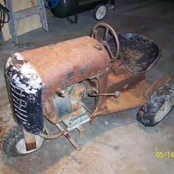 Bantam 3000 Garden Tractor - Tractors