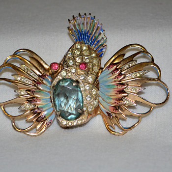 CoroCraft Sterling Rock Fish Brooch - Costume Jewelry