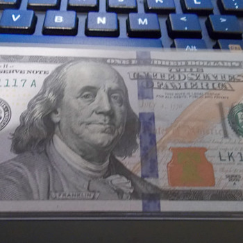 Fancy Serial Number 100 Dollar Bill