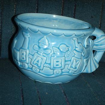 CCC 009 USA Pottery Large Baby Mug