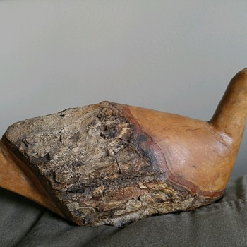 Old carved wood bird seagull duck decoy