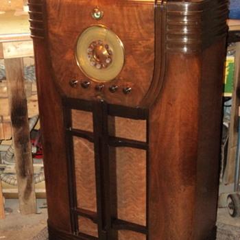 Fada console radio - Radios