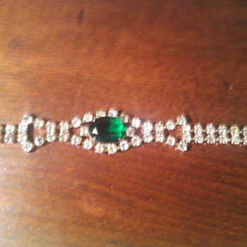 Emerald Rhinestone Bracelet
