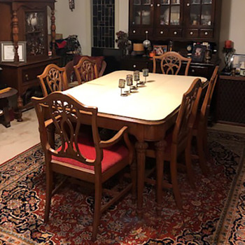 1930's dining table and chairs  - Furniture