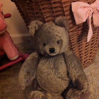 Steiff Teddy Bear...Anyone know something about this little guy? - Dolls