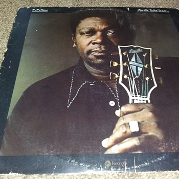 B.B. KING...ON 33 1/3 RPM VINYL - Records
