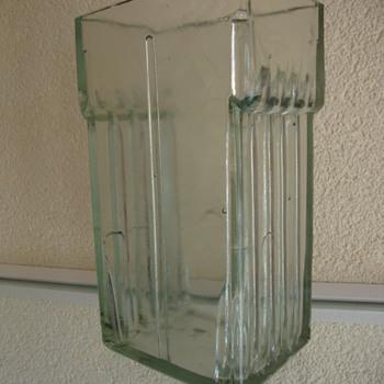 art deco vase? - Electronics