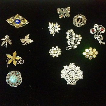 A Collection Share - Costume Jewelry