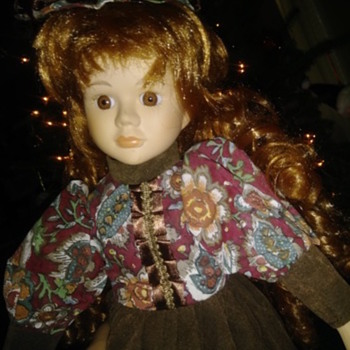 Anyone know who made this doll? - Dolls