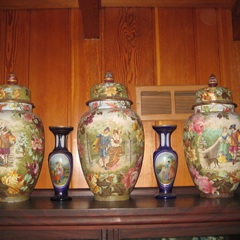 large urns?/vases - Pottery