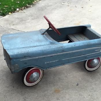 my pedal car - Toys