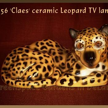 1956 'Claes' ceramic leopard tv lamp