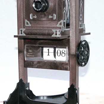 Asanuma Studio Camera Clock.| Novelty model camera.
