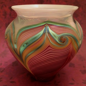 Elaborate Pulled Feather Vase by Zellique - Art Glass