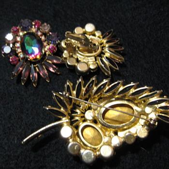 DeLizza & Elster Earrings (Post 2 0f 2) - Costume Jewelry