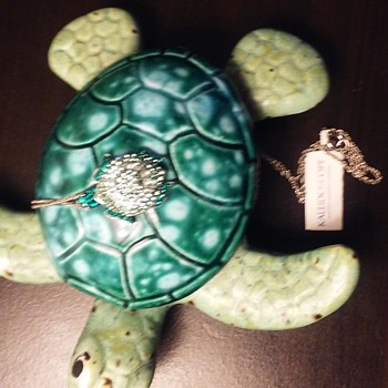 Turtle pottery figurine plus turtle crystal necklace - Animals