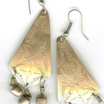 Vintage Repousse Silver Dangle Earrings - Fine Jewelry