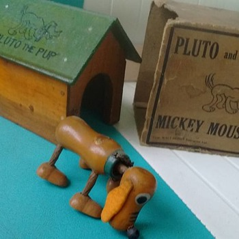 1930's Pluto & dog house with original box !  - Toys